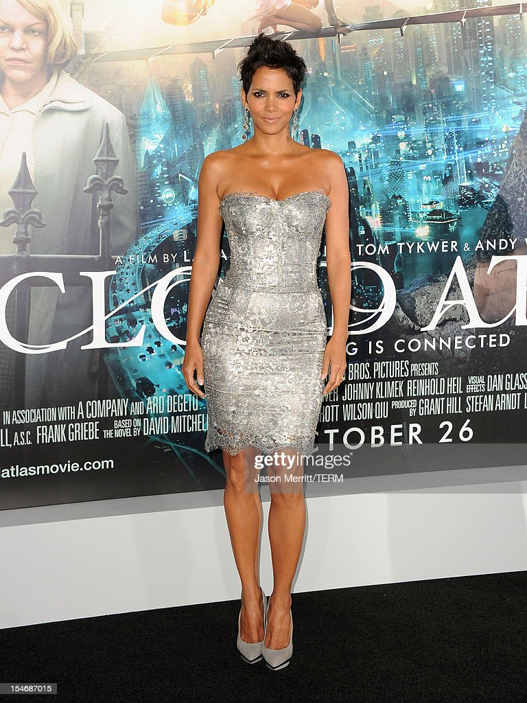 Actress Halle Berry arrives at Warner Bros. Pictures' 'Cloud Atlas' premiere at Grauman's Chinese Theatre on October 24, 2012 in Hollywood, California.