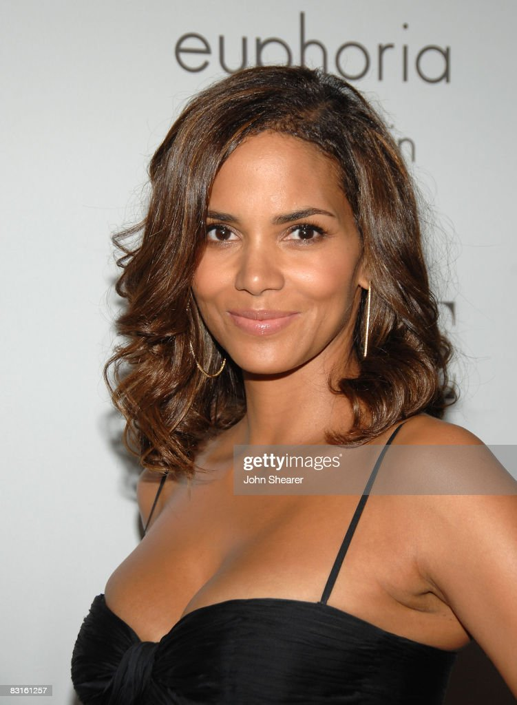 Halle Berry Hairstyle July 2013 Short Hairstyle 2013