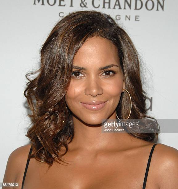 Actress Halle Berry arrives to ELLE Magazine's 15th Annual Women in Hollywood Tribute held at The Four Seasons on October 6 2008 in Los Angeles...