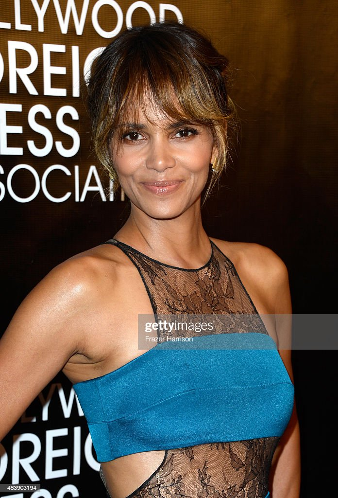 Actress Halle Berry attends HFPA Annual Grants Banquet at the Beverly Wilshire Four Seasons Hotel on August 13, 2015 in Beverly Hills, California.