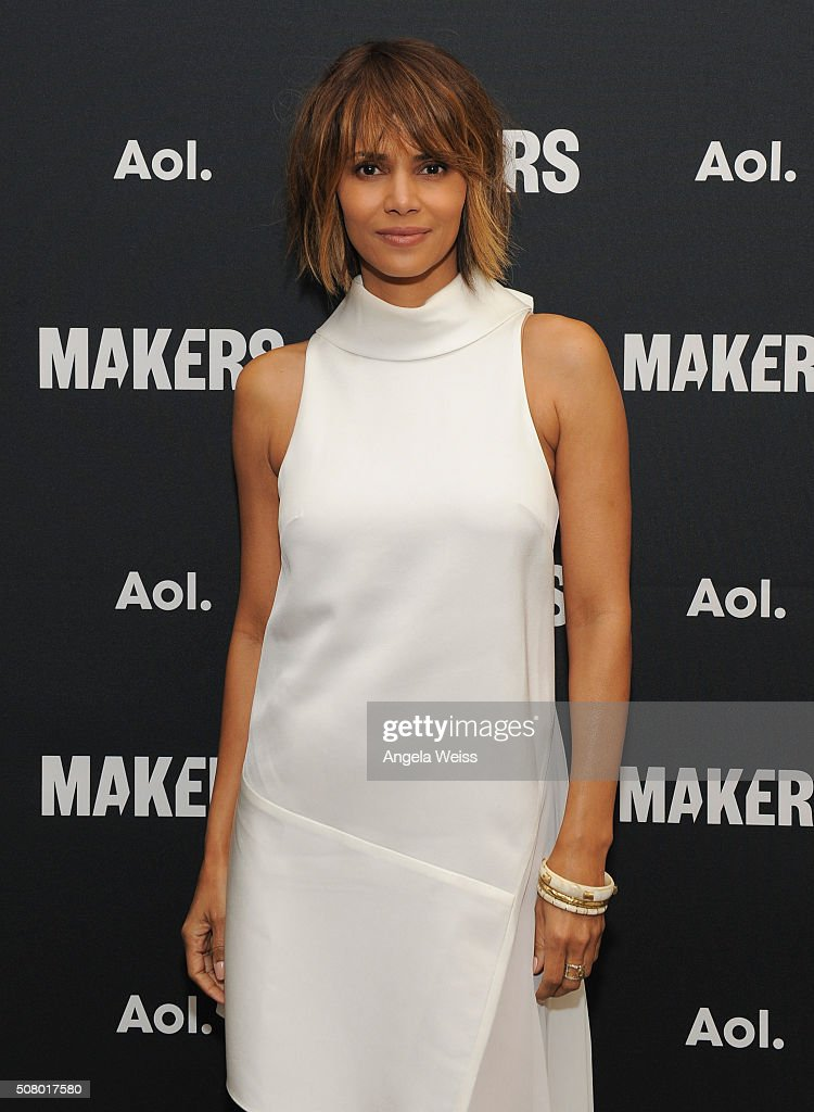 Actress <a gi-track='captionPersonalityLinkClicked' href=/galleries/search?phrase=Halle+Berry&family=editorial&specificpeople=201726 ng-click='$event.stopPropagation()'>Halle Berry</a> attends the 2016 MAKERS Conference Day 2 at the Terrenea Resort on February 2, 2016 in Rancho Palos Verdes, California.