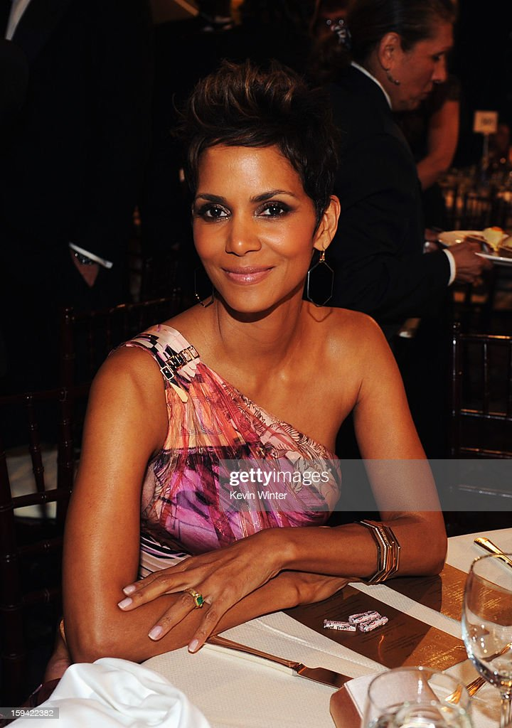 Actress <a gi-track='captionPersonalityLinkClicked' href=/galleries/search?phrase=Halle+Berry&family=editorial&specificpeople=201726 ng-click='$event.stopPropagation()'>Halle Berry</a> attends the 70th Annual Golden Globe Awards Cocktail Party held at The Beverly Hilton Hotel on January 13, 2013 in Beverly Hills, California.