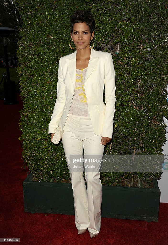 Actress Halle Berry attends the 'Beauty Culture' exhibition opening reception at Annenberg Space For Photography on May 19 2011 in Century City...