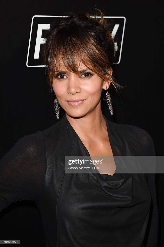 Actress <a gi-track='captionPersonalityLinkClicked' href=/galleries/search?phrase=Halle+Berry&family=editorial&specificpeople=201726 ng-click='$event.stopPropagation()'>Halle Berry</a> attends the Fallout 4 video game launch event in downtown Los Angeles on November 5, 2015 in Los Angeles, California.
