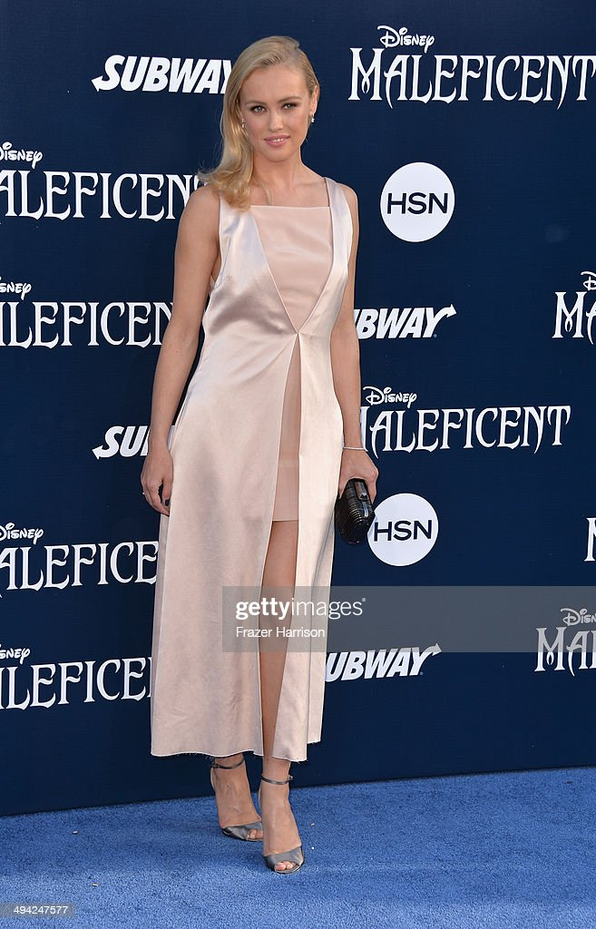 Actress <a gi-track='captionPersonalityLinkClicked' href=/galleries/search?phrase=Hannah+New&family=editorial&specificpeople=8671957 ng-click='$event.stopPropagation()'>Hannah New</a> arrives at the World Premiere Of Disney's 'Maleficent' at the El Capitan Theatre on May 28, 2014 in Hollywood, California.