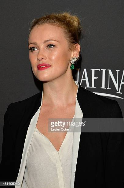 Actress Hannah New attends the 16th Annual Warner Bros and InStyle PostGolden Globe Party at The Beverly Hilton Hotel on January 11 2015 in Beverly...
