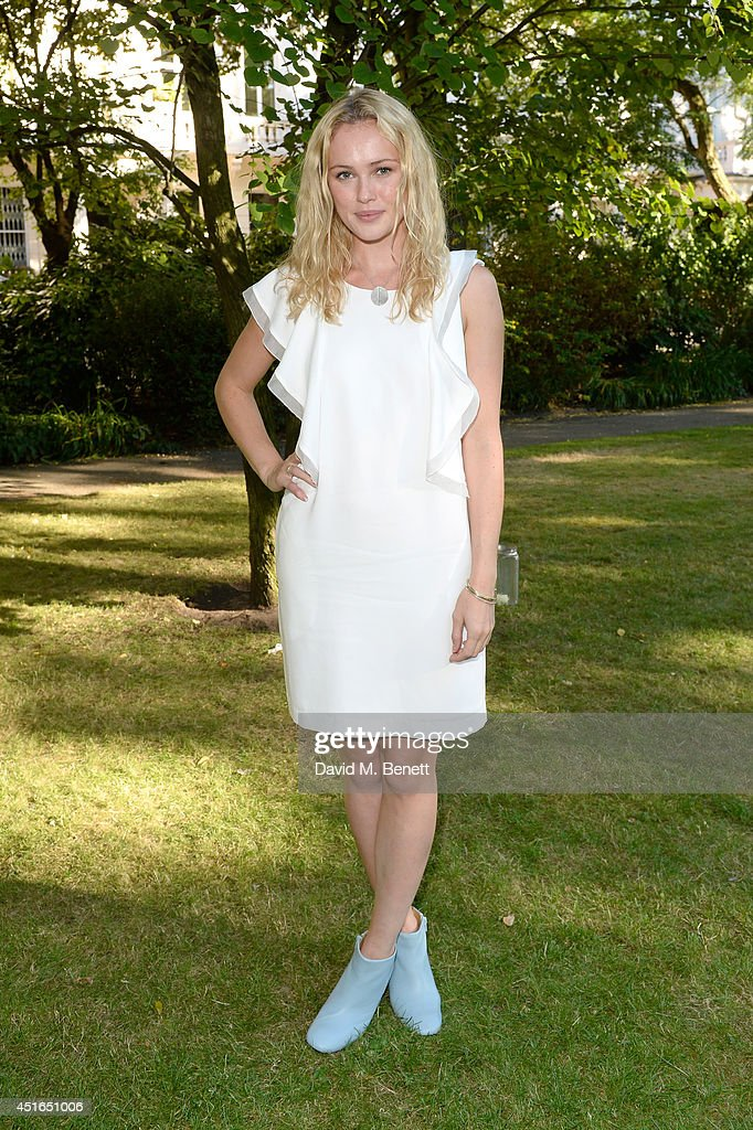 Actress <a gi-track='captionPersonalityLinkClicked' href=/galleries/search?phrase=Hannah+New&family=editorial&specificpeople=8671957 ng-click='$event.stopPropagation()'>Hannah New</a> attends the Club Monaco Garden Party hosted by Quentin Jones, Clara Paget and Annie Morris in Eaton Square on July 3, 2014 in London, England.
