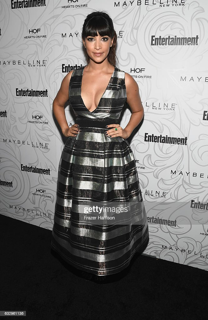 Actress Hannah Simone attends the Entertainment Weekly Celebration of SAG Award Nominees sponsored by Maybelline New York at Chateau Marmont on January 28, 2017 in Los Angeles, California.