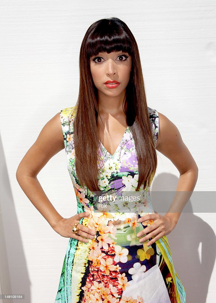 Actress Hannah Simone attends the FOX 2012 Teen Choice Awards at Gibson Amphitheatre on July 22, 2012 in Los Angeles, California.