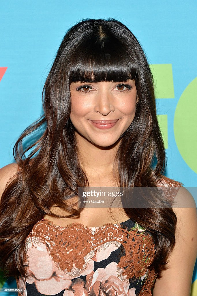 Actress Hannah Simone attends the FOX 2014 Programming Presentation at the FOX Fanfront on May 12, 2014 in New York City.