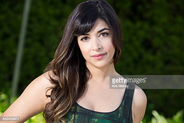 Actress Hannah Simone is photographed for Los Angeles Times on May 2 2016 in Los Angeles California PUBLISHED IMAGE CREDIT MUST READ Kirk McKoy/Los...