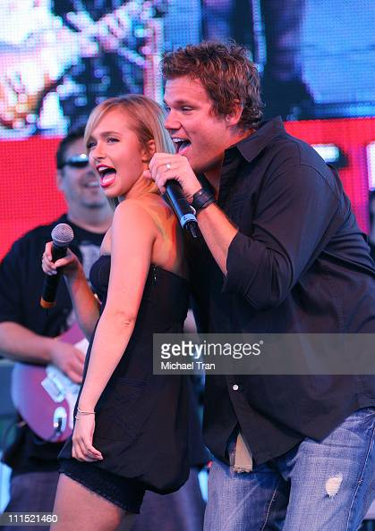Actress Hayden Panettiere and Actor Bob Guiney perform on stage at the 'Netflix Live On Location' concert series featuring 'The Band From TV' held at...