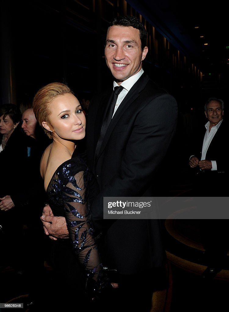 Actress <a gi-track='captionPersonalityLinkClicked' href=/galleries/search?phrase=Hayden+Panettiere&family=editorial&specificpeople=204227 ng-click='$event.stopPropagation()'>Hayden Panettiere</a> (L) and boxer <a gi-track='captionPersonalityLinkClicked' href=/galleries/search?phrase=Wladimir+Klitschko&family=editorial&specificpeople=210650 ng-click='$event.stopPropagation()'>Wladimir Klitschko</a> attends the Earth Day celebration and screening of Avatar benefitting the Partnership for Los Angeles Schools at Nokia Theatre L.A. Live on April 22, 2010 in Los Angeles, California.