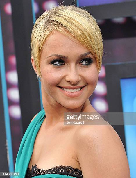 Actress Hayden Panettiere arrives at the 2010 CMT Music Awards Arrivals at the Bridgestone Arena on June 9 2010 in Nashville Tennessee