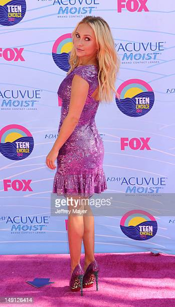 Actress Hayden Panettiere arrives at the 2012 Teen Choice Awards at Gibson Amphitheatre on July 22 2012 in Universal City California
