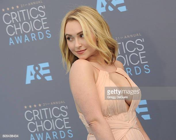 Actress Hayden Panettiere arrives at the 21st Annual Critics' Choice Awards at Barker Hangar on January 17 2016 in Santa Monica California