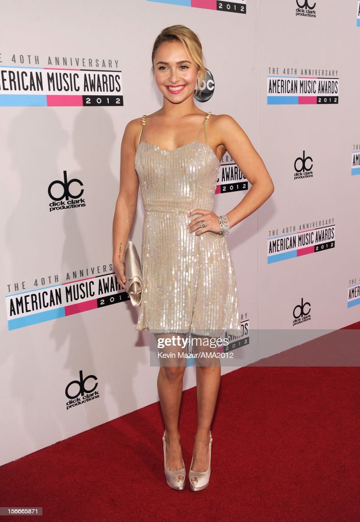Actress Hayden Panettiere attends the 40th American Music Awards held at Nokia Theatre L.A. Live on November 18, 2012 in Los Angeles, California.