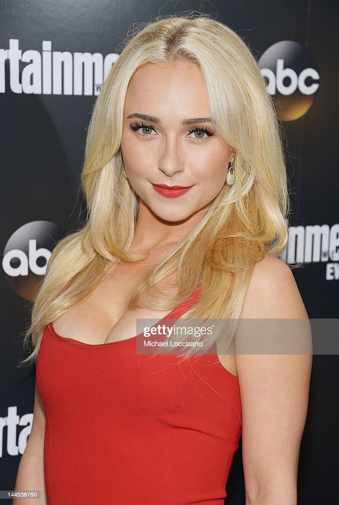 Actress Hayden Panettiere attends the Entertainment Weekly & ABC-TV Up Front VIP Party at Dream Downtown on May 15, 2012 in New York City.