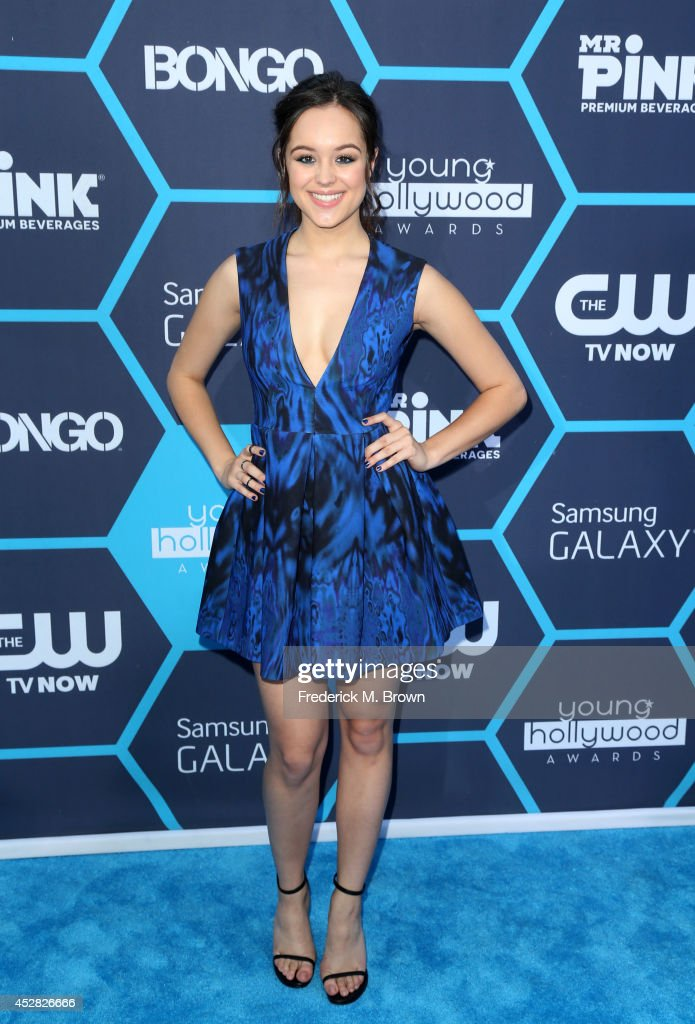 Actress <a gi-track='captionPersonalityLinkClicked' href=/galleries/search?phrase=Hayley+Orrantia&family=editorial&specificpeople=8654268 ng-click='$event.stopPropagation()'>Hayley Orrantia</a> attends the 2014 Young Hollywood Awards brought to you by Samsung Galaxy at The Wiltern on July 27, 2014 in Los Angeles, California.
