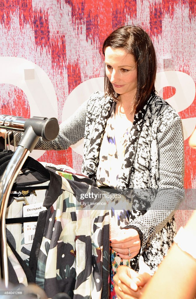 Actress Heather McComb attends the HBO Luxury Lounge featuring PANDORA at Four Seasons Hotel Los Angeles at Beverly Hills on August 23, 2014 in Beverly Hills, California.