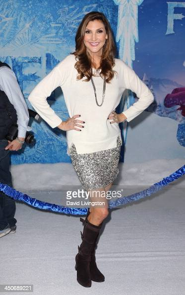 Actress Heather McDonald attends the premiere of Walt Disney Animation Studios' 'Frozen' at the El Capitan Theatre on November 19 2013 in Hollywood...