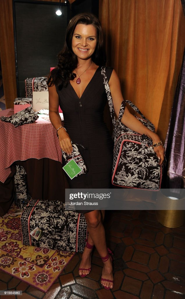 Actress <a gi-track='captionPersonalityLinkClicked' href=/galleries/search?phrase=Heather+Tom&family=editorial&specificpeople=208780 ng-click='$event.stopPropagation()'>Heather Tom</a> poses in the Daytime Emmy official gift lounge produced by On 3 Productions held at The Orpheum Theatre on August 29, 2009 in Los Angeles, California.