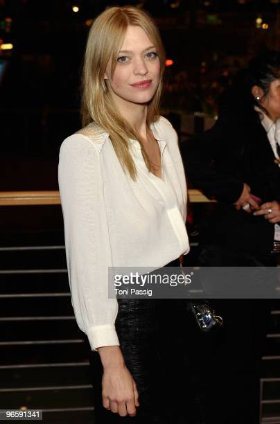 Actress Heike Makatsch attends the 'Tuan Yuan' Premiere during day one of the 60th Berlin International Film Festival at the Berlinale Palast on...