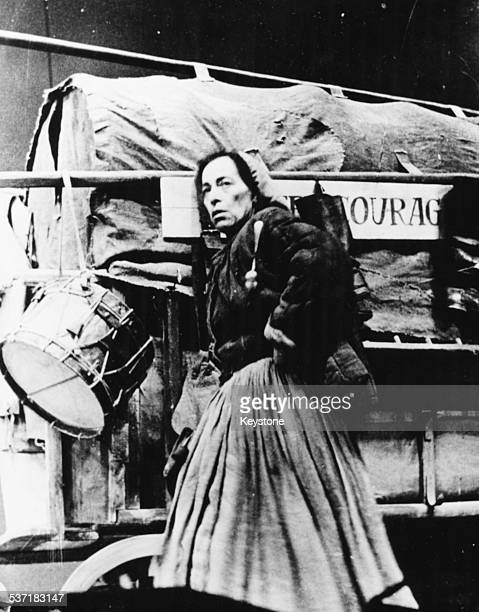 Tony Kushner: Mother Courage is not just an anti-war play