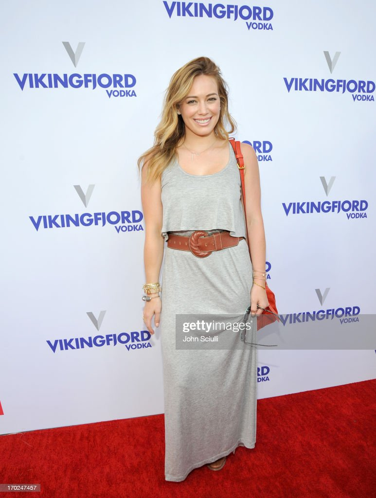 Actress <a gi-track='captionPersonalityLinkClicked' href=/galleries/search?phrase=Hilary+Duff&family=editorial&specificpeople=201586 ng-click='$event.stopPropagation()'>Hilary Duff</a> arrives at the 1st Annual Children Mending Hearts Style Sunday on June 9, 2013 in Beverly Hills, California.
