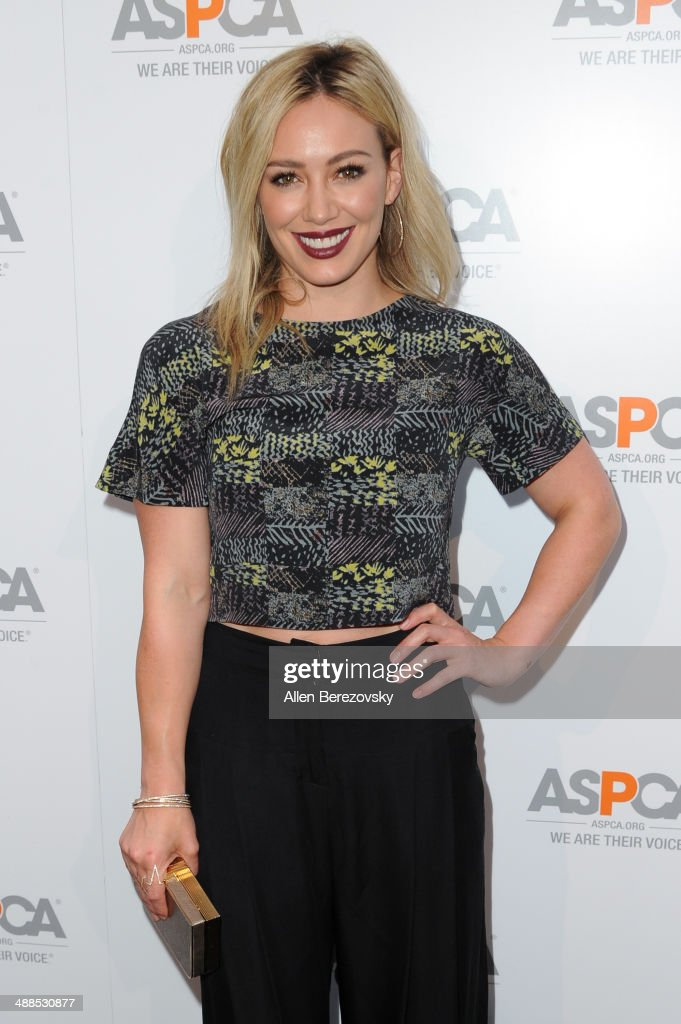 Actress <a gi-track='captionPersonalityLinkClicked' href=/galleries/search?phrase=Hilary+Duff&family=editorial&specificpeople=201586 ng-click='$event.stopPropagation()'>Hilary Duff</a> attends the American Society for the Prevention of Cruelty to Animals celebrity cocktail party on May 6, 2014 in Beverly Hills, California.