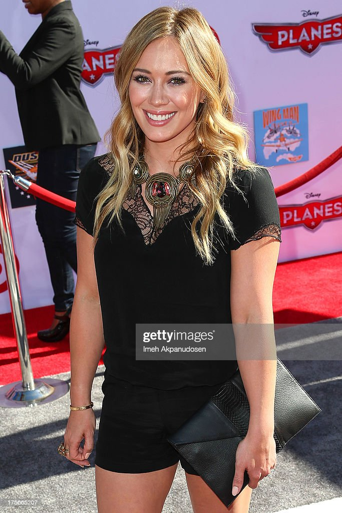 Actress <a gi-track='captionPersonalityLinkClicked' href=/galleries/search?phrase=Hilary+Duff&family=editorial&specificpeople=201586 ng-click='$event.stopPropagation()'>Hilary Duff</a> attends the premiere of Disney's 'Planes' at the El Capitan Theatre on August 5, 2013 in Hollywood, California.