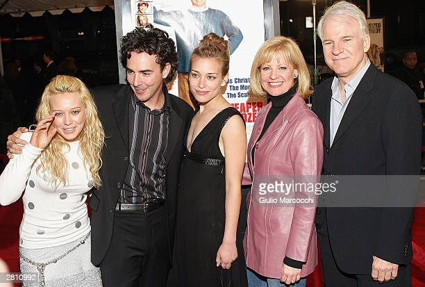 Actress Hilary Duff director Shawn Levy and actors Piper Perabo Bonnie Hunt and Steve Martin attend the Cheaper By The Dozen Premiere December 14...