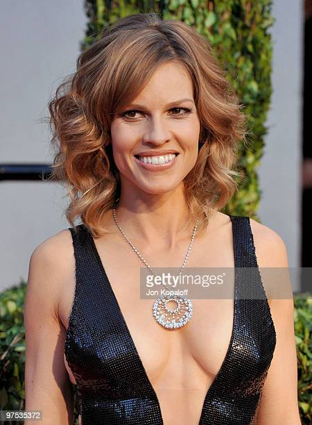 Actress Hilary Swank arrives at the 2010 Vanity Fair Oscar Party held at Sunset Tower on March 7 2010 in West Hollywood California