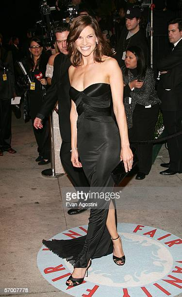 Actress Hilary Swank arrives at the Vanity Fair Oscar Party at Mortons on March 5 2006 in West Hollywood California