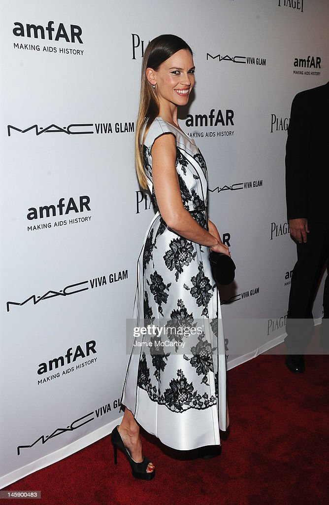 Actress Hilary Swank attends the 3rd annual amfAR Inspiration Gala New York at The New York Public Library - Stephen A. Schwarzman Building on June 7, 2012 in New York City.