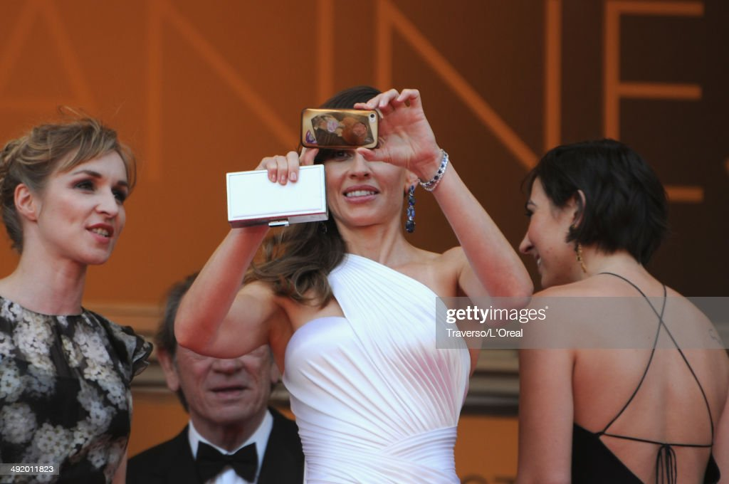 Actress <a gi-track='captionPersonalityLinkClicked' href=/galleries/search?phrase=Hilary+Swank&family=editorial&specificpeople=201692 ng-click='$event.stopPropagation()'>Hilary Swank</a> attends 'The Homesman' premiere during the 67th Annual Cannes Film Festival on May 18, 2014 in Cannes, France.