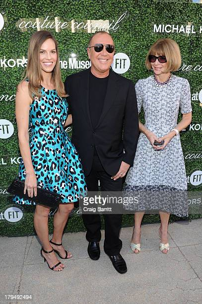 Actress Hilary Swank designer Michael Kors and Vogue EditorinChief Anna Wintour attend The Couture Council of The Museum at the Fashion Institute of...