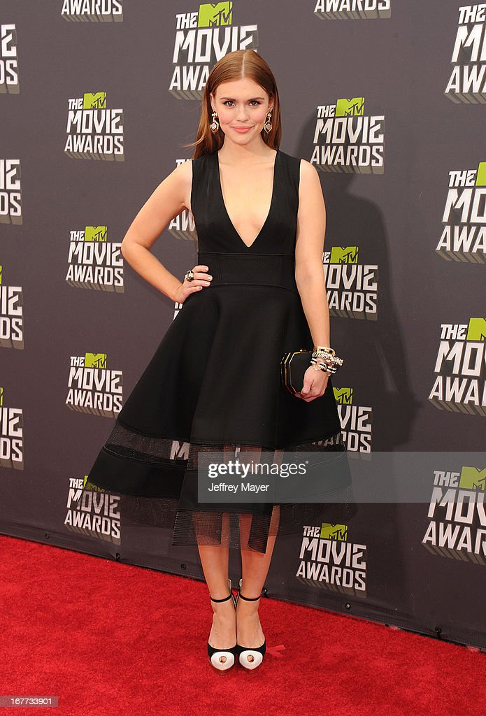 Actress Holland Roden arrives at the 2013 MTV Movie Awards at Sony Pictures Studios on April 14, 2013 in Culver City, California.