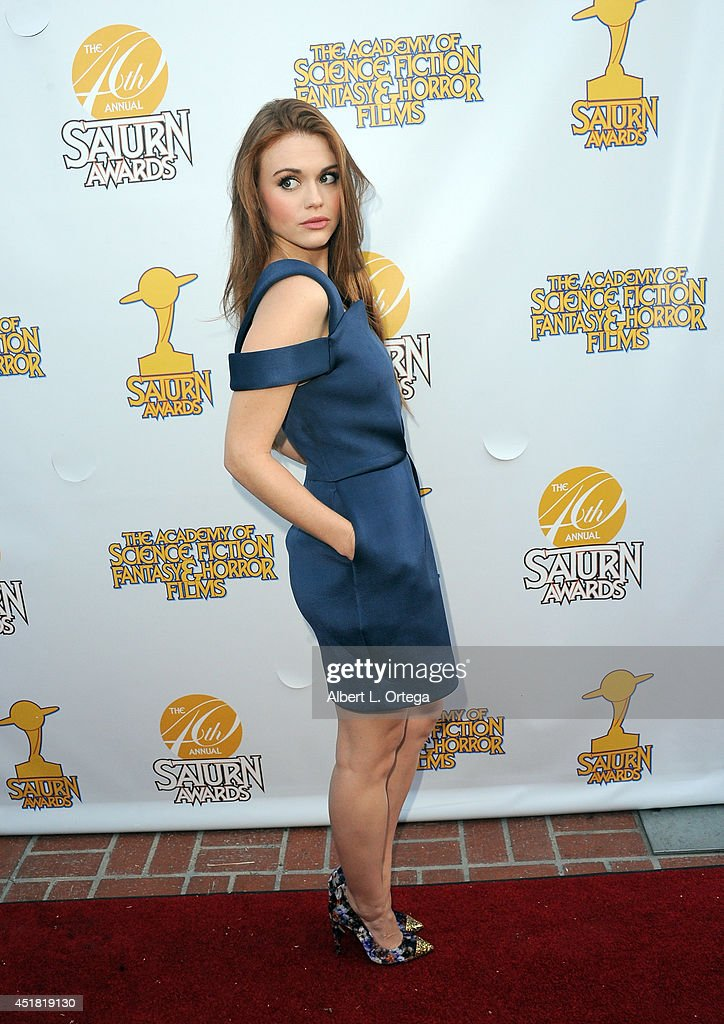 Actress <a gi-track='captionPersonalityLinkClicked' href=/galleries/search?phrase=Holland+Roden&family=editorial&specificpeople=5578822 ng-click='$event.stopPropagation()'>Holland Roden</a> arrives for the 40th Annual Saturn Awards held at The Castaway on June 26, 2014 in Burbank, California.