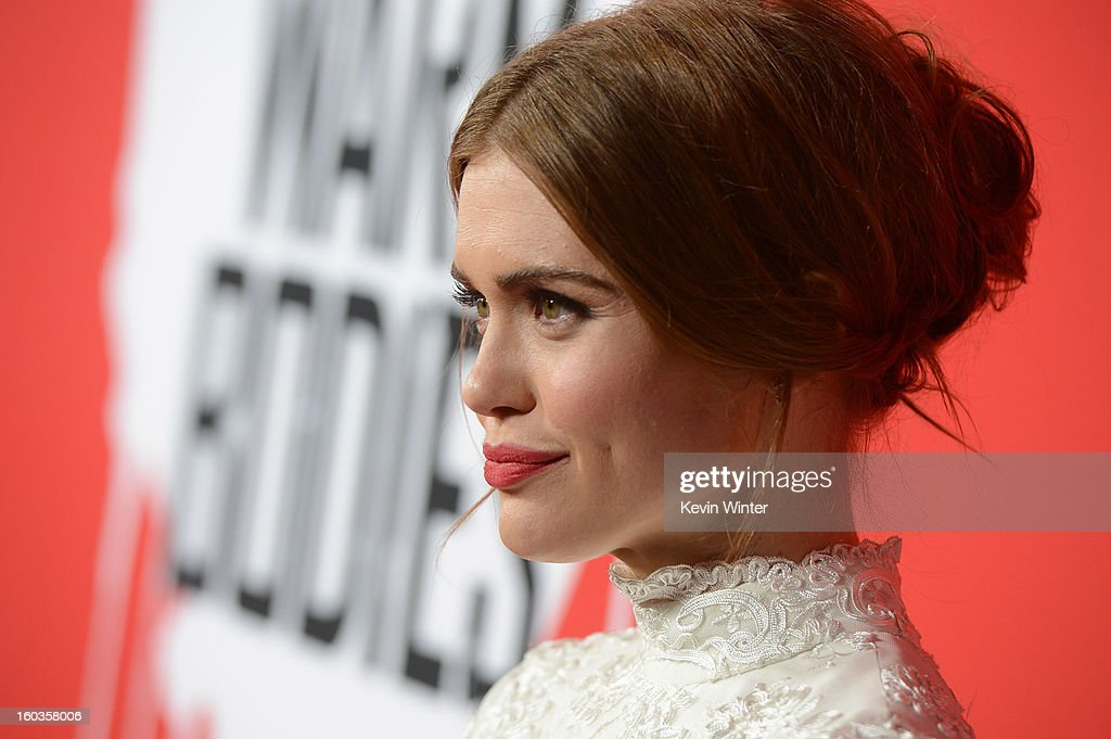Actress Holland Roden arrives for the Los Angeles premiere of Summit Entertainment's 'Warm Bodies' at ArcLight Cinemas Cinerama Dome on January 29, 2013 in Hollywood, California.