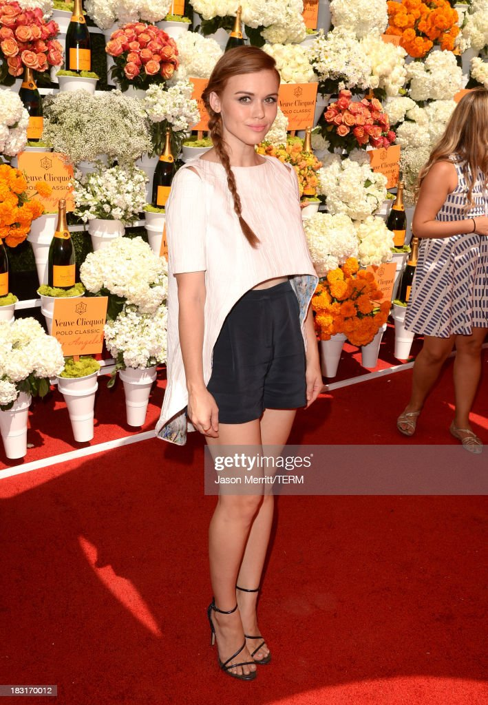 Actress Holland Roden attends The Fourth-Annual Veuve Clicquot Polo Classic, Los Angeles at Will Rogers State Historic Park on October 5, 2013 in Pacific Palisades, California.