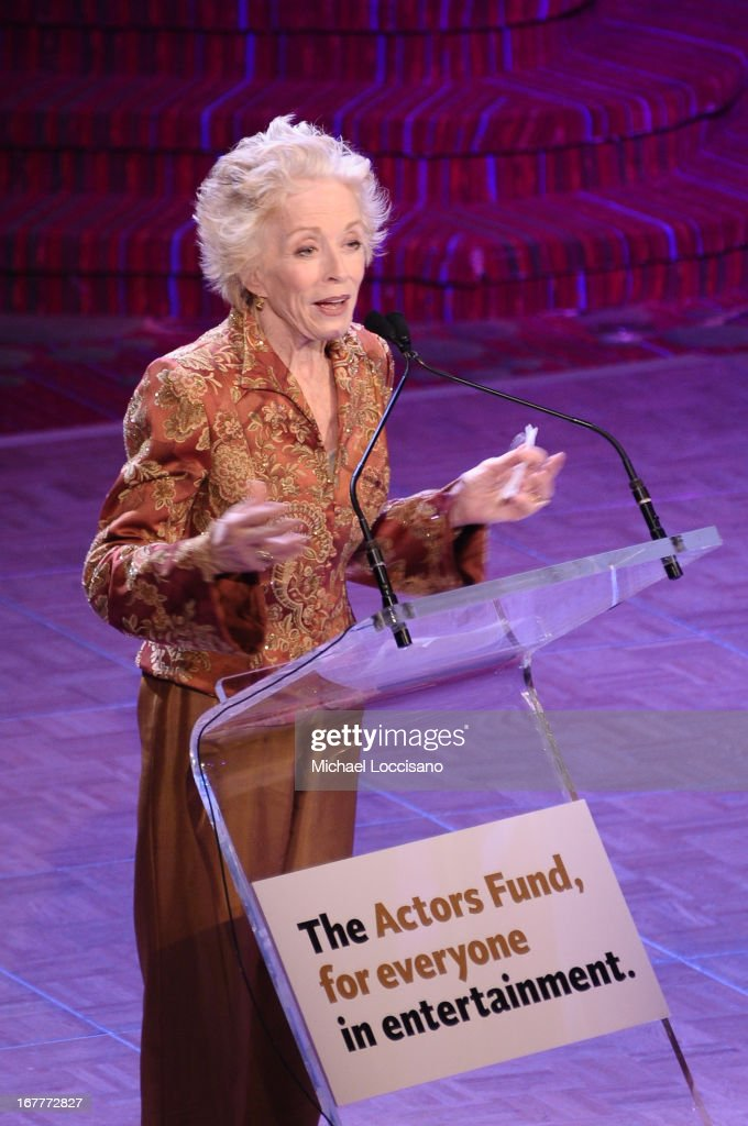 Actress <a gi-track='captionPersonalityLinkClicked' href=/galleries/search?phrase=Holland+Taylor&family=editorial&specificpeople=224773 ng-click='$event.stopPropagation()'>Holland Taylor</a> speaks onstage at the 2013 Actors Fund's Annual Gala honoring Robert De Niro at The New York Marriott Marquis on April 29, 2013 in New York City.