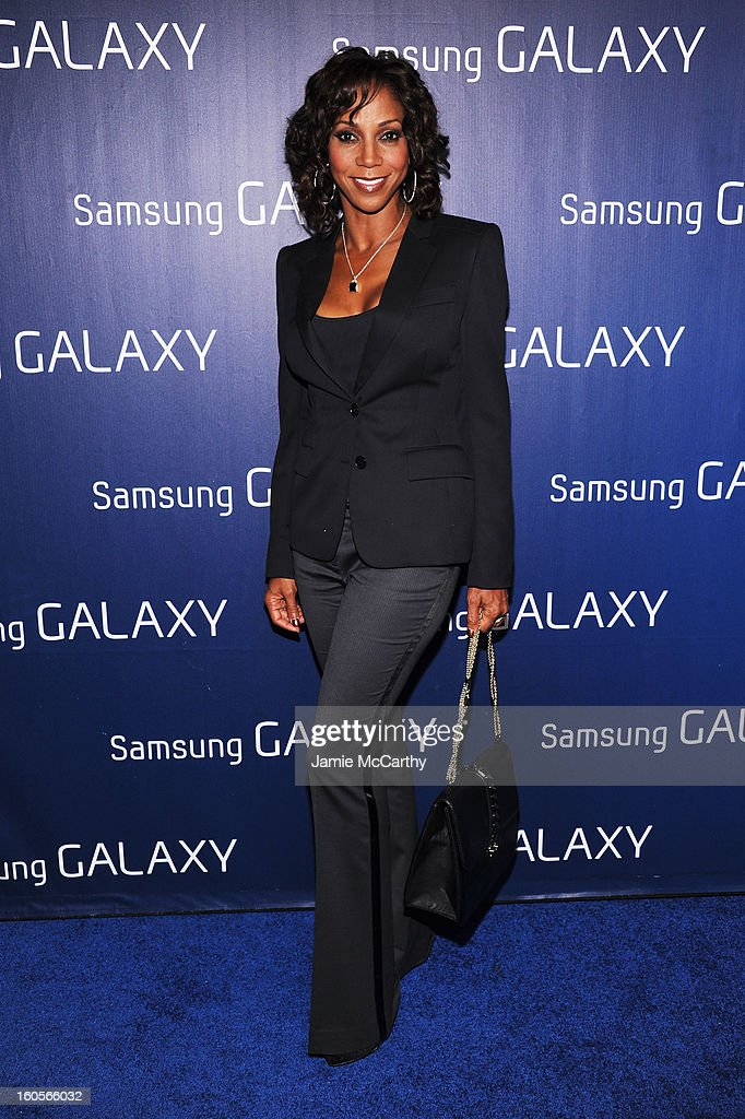 """Actress Holly Robinson Peete at the Samsung Galaxy """"Shangri-La"""" Party on February 2, 2013 in New Orleans, Louisiana."""