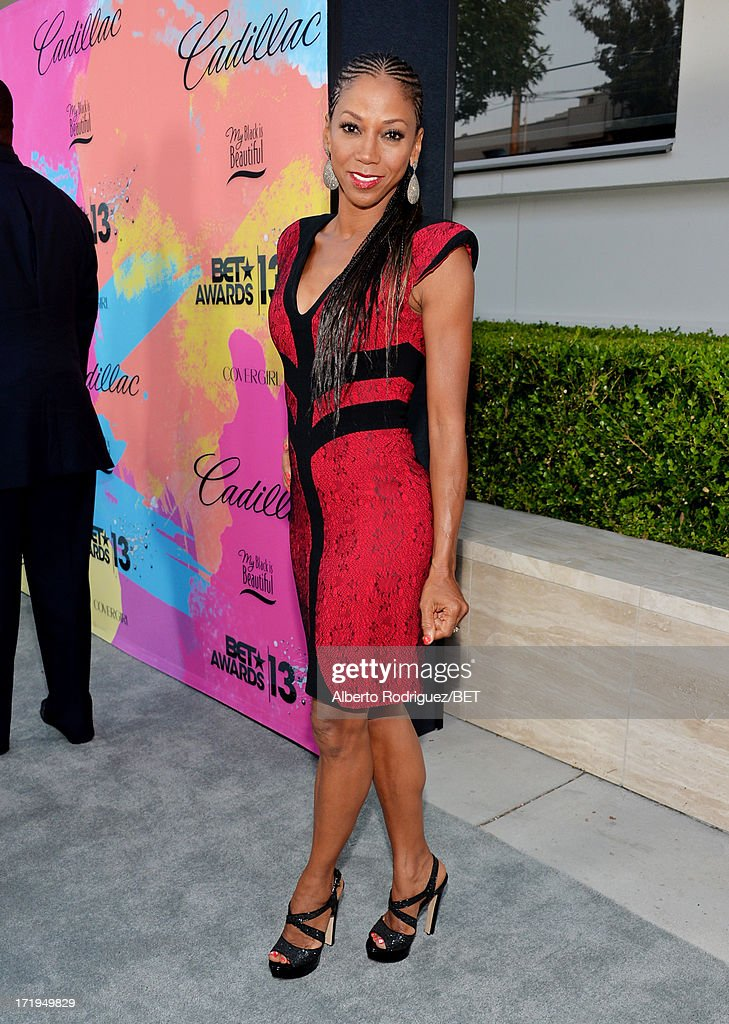 Actress <a gi-track='captionPersonalityLinkClicked' href=/galleries/search?phrase=Holly+Robinson+Peete&family=editorial&specificpeople=213716 ng-click='$event.stopPropagation()'>Holly Robinson Peete</a> attends Debra Lee's Pre-BET Awards Celebration Dinner at Milk Studios on June 29, 2013 in Los Angeles, California.