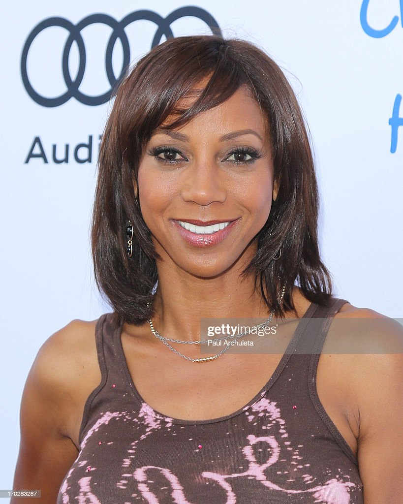 Actress <a gi-track='captionPersonalityLinkClicked' href=/galleries/search?phrase=Holly+Robinson+Peete&family=editorial&specificpeople=213716 ng-click='$event.stopPropagation()'>Holly Robinson Peete</a> attends the 1st annual Children Mending Hearts Style Sunday on June 9, 2013 in Beverly Hills, California.