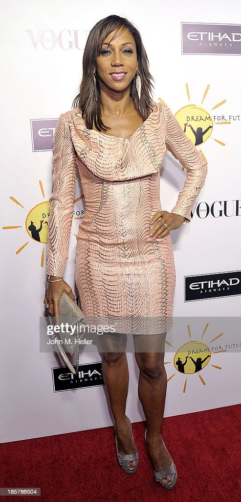 Actress Holly Robinson Peete attends the Dream For Future Africa Foundation's Inaugural Gala Honoring Franca Sozzani Of VOGUE Italia at Spago on October 24, 2013 in Beverly Hills, California.