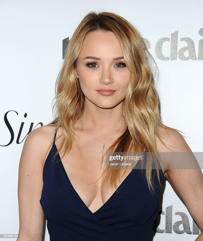 Actress <a gi-track='captionPersonalityLinkClicked' href=/galleries/search?phrase=Hunter+King&family=editorial&specificpeople=9938218 ng-click='$event.stopPropagation()'>Hunter King</a> attends the Marie Claire Fresh Faces party at Sunset Tower Hotel on April 11, 2016 in West Hollywood, California.