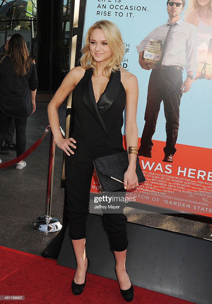 Actress <a gi-track='captionPersonalityLinkClicked' href=/galleries/search?phrase=Hunter+King&family=editorial&specificpeople=9938218 ng-click='$event.stopPropagation()'>Hunter King</a> attends the 'Wish I Was Here' Los Angeles premiere on June 23, 2014 at the DGA Theater in Los Angeles, California.