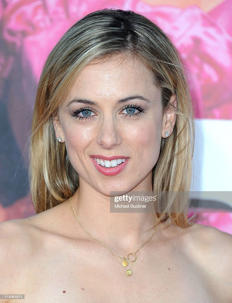 Actress Iliza Shlesinger attends the Premiere Of Universal Pictures' 'Bridesmaids' at Mann Village Theatre on April 28, 2011 in Westwood, California.