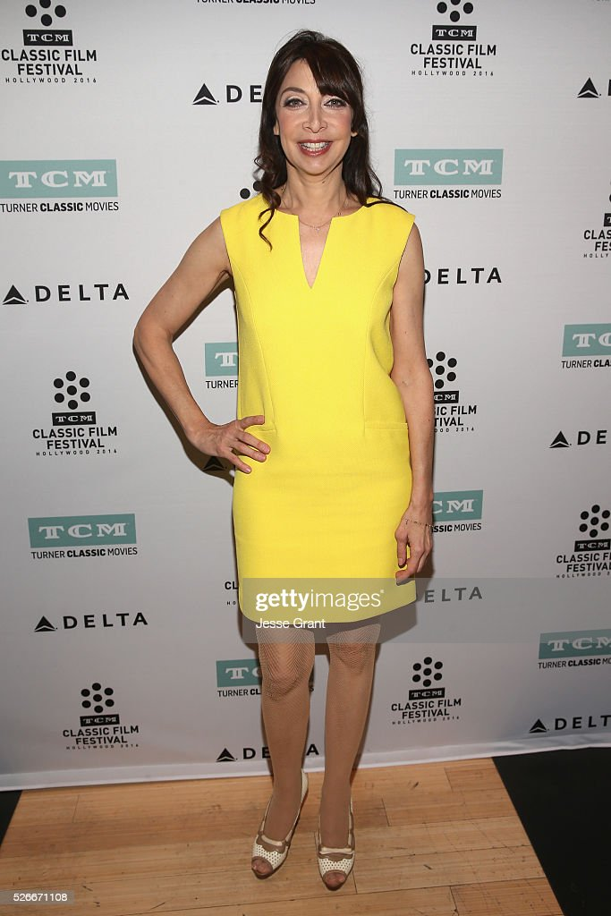Actress Illeana Douglas attends 'The Song of Bernadette' screening during day 3 of the TCM Classic Film Festival 2016 on April 30, 2016 in Los Angeles, California. 25826_009